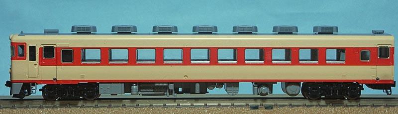 キハ28-2500側面