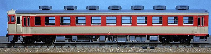 キハ65-500側面